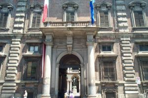 Guided tour around Brera district