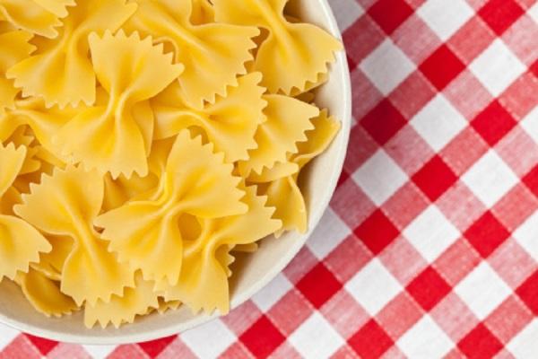 italiano-cucina-farfalle.jpg
